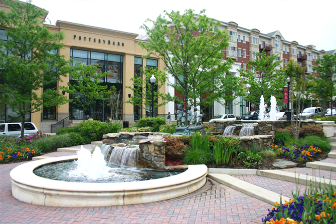 JRA Market Common Clarendon Fountain 1